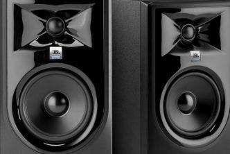 JBL 305P Mk2 review